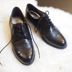 NWOT Marc Fisher Leather Wingtip Oxfords 7.5